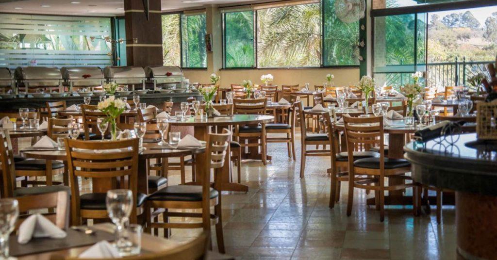 hospedar em resort com restaurante